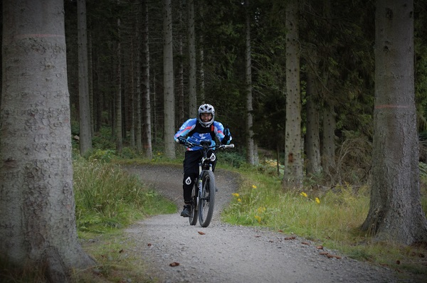Scotland-eBike-Holiday-EMTB-Haibike-Cube-Trek-Bosch-Yamaha-Peebles-Glentress-Innerleithen-Training-MTB-electric-biking.jpg (10)